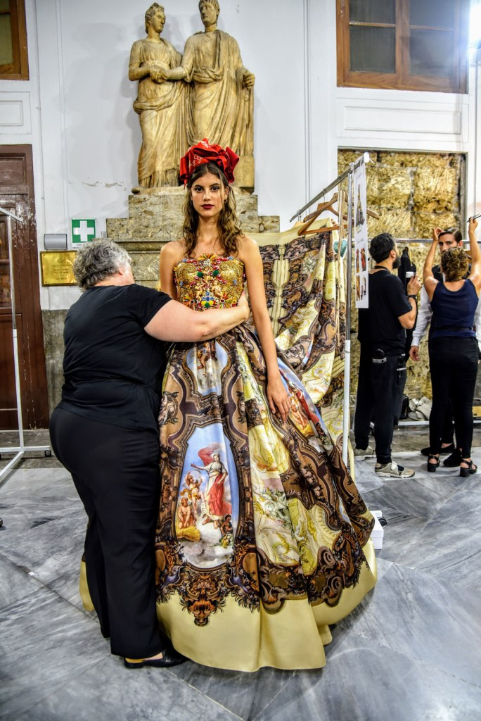 info for d8dd4 928c7 Dolce & Gabbana Alta Moda FW 17