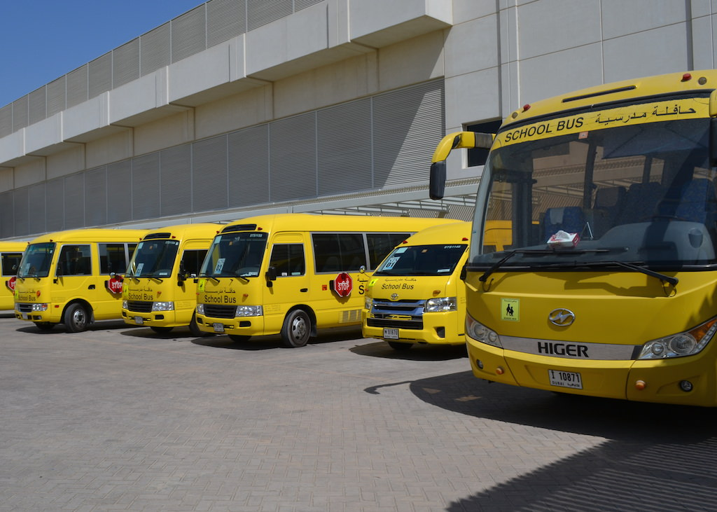 school bus trips in dubai account for 13 of morning rush hour. Black Bedroom Furniture Sets. Home Design Ideas