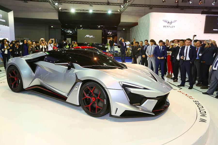 Dubai International Motor Show Brings More Flash Cars - Car show dubai