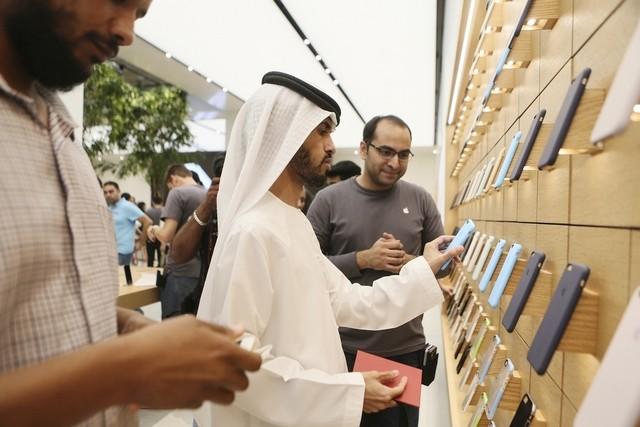 Apple отзывает десятки тыс. iPhone повсем ОАЭ из-за брака комплектующих