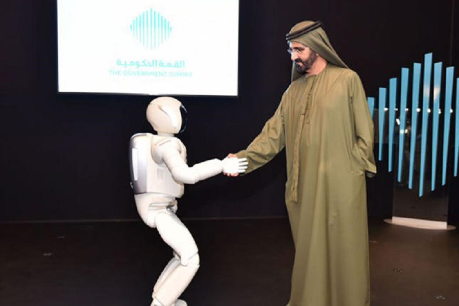Robots and Flying Cars: Dubai's Sheikh Mohammed Opens 'Museum of the Future' (Video)