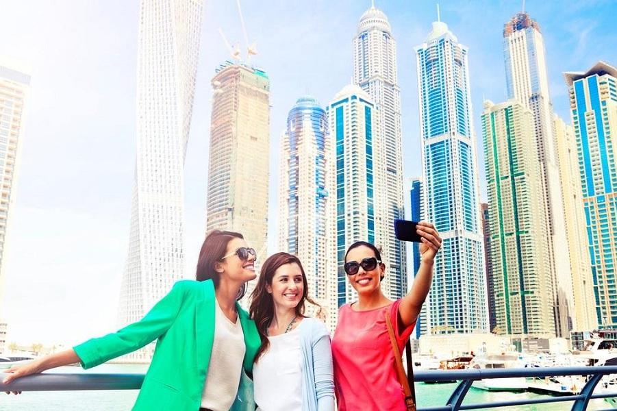 как одеваются в эмиратах туристы фото тройчатые, шероховатые, жёсткими