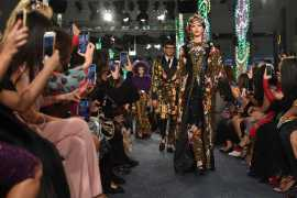 Street Style meets souk's colors by Dolce & Gabbana