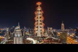 世界最高建筑以壮观的新年前夜表演吸引了全世界的目光