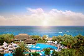 КОНКУРС: Выиграйте 2 ночи в отеле Fujairah Rotana Resort & Spa