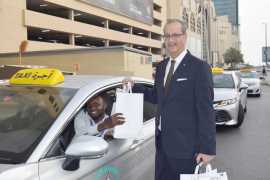 Grand Millennium Al Wahda distributed Iftar boxes to hundreds of drivers in Abu Dhabi