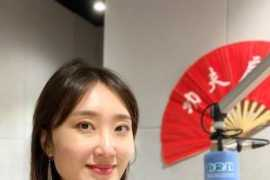 随Joanna一起探索阿联酋首个中文广播电台—龙之声