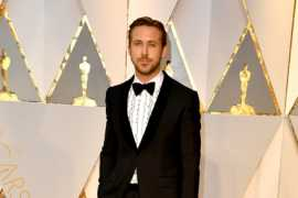 Ryan Gosling is dapper in Gucci at the 89th Academy Awards!