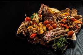 Indulge in an impressive Iftar at Studio M Arabian Plaza's Level M Restaurant