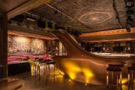 Въехать в суперкаре внутрь нового «элитного» клуба в Дубае? Почему бы нет? (видео)