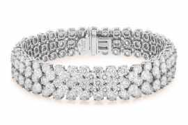 Signature High Jewelry at Van Cleef & Arpels Les Salons Dubai Opera