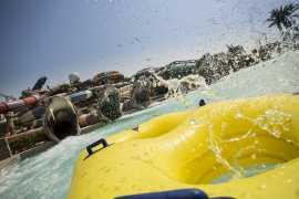 Аквапарк Yas Waterworld открыт во время Рамадана - и детям вход бесплатный!